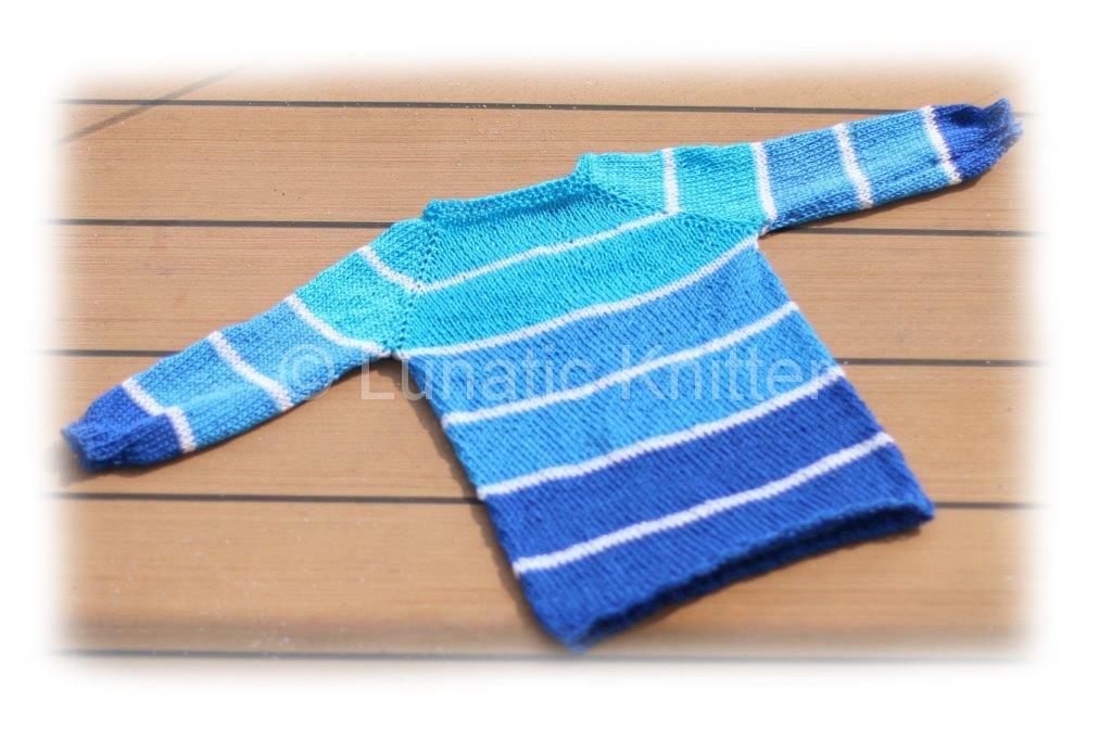 Striped marine sweater_borders